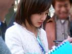 Trước ngày cưới, Kim Tae Hee lại gây sốt với loạt ảnh 'Nữ thần trường học'