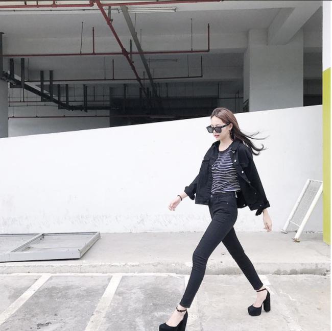 Hà Hồ lạnh lùng với cả cây đen, đối lập Thanh Hằng siêu nữ tính trong street style tuần này - Ảnh 9.