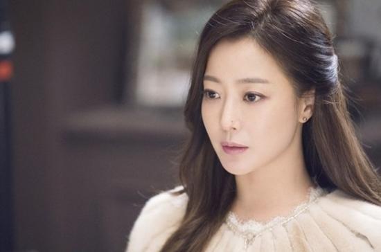 Kết quả hình ảnh cho Kim Hee Sun xinh đẹp