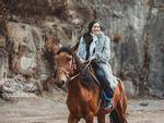 Dàn sao Việt càn quét thảm đỏ ngày đầu của Liên hoan phim Việt Nam-15
