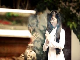 Nguyên tắc cần nhớ rõ khi đi chùa ngày TẾT, tránh đen đủi cả năm