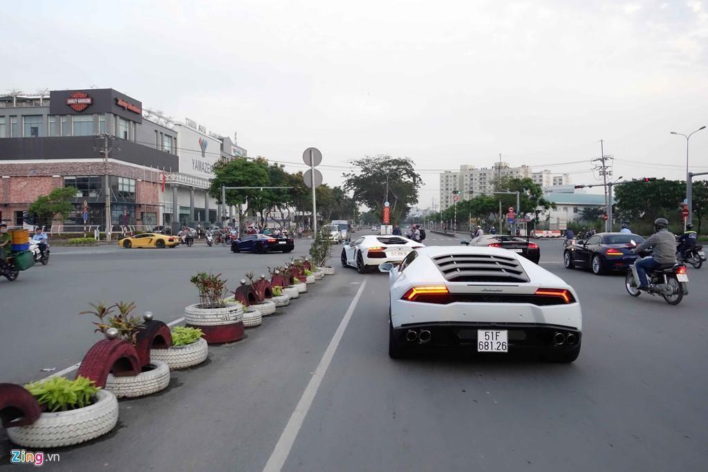 Minh Nhua va Cuong Do La chay xe di Vung Tau hinh anh 6