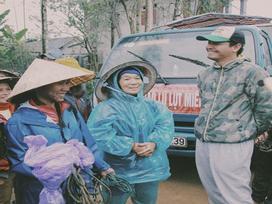 Phan Anh trao quà cho bà con Quảng Nam: Nụ cười hạnh phúc những ngày giáp Tết
