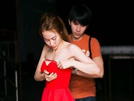 Người đẹp Việt bối rối vì váy áo hớ hênh nơi đông người
