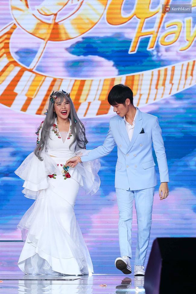 HLV Lê Minh Sơn: Sing My Song đã kết thúc từ khi Ông bà anh xuất hiện - Ảnh 7.
