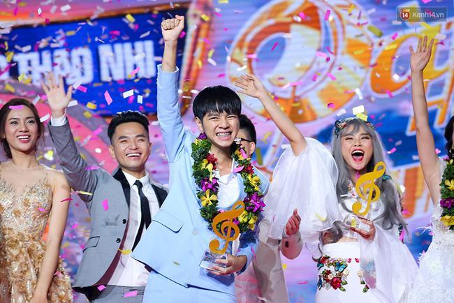 HLV Lê Minh Sơn: Sing My Song đã kết thúc từ khi Ông bà anh xuất hiện - Ảnh 1.