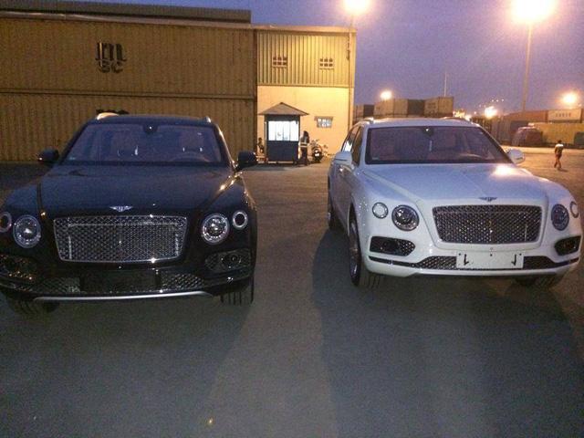 Tay chơi miền Trung đập hộp Bentley Bentayga hơn 20 tỷ Đồng - Ảnh 1.
