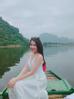 Hồng Loan từng được đánh giá có vẻ ngoài rất giống với Hoa hậu Việt Nam 2012 Đặng Thu Thảo.