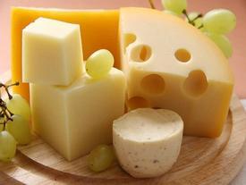 Thói quen thích ăn phô mai có thể làm hại sức khỏe