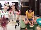 Sao Việt ngày cận tết: người hào hứng đi chợ hoa - kẻ livestream gói bánh chưng