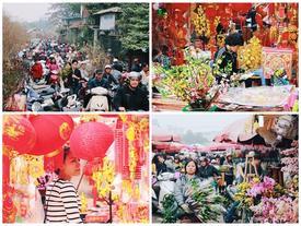 """Khổ như người Hà Nội """"hành xác"""" ở chợ hoa vừa đông, vừa tắc cả tiếng đồng hồ"""