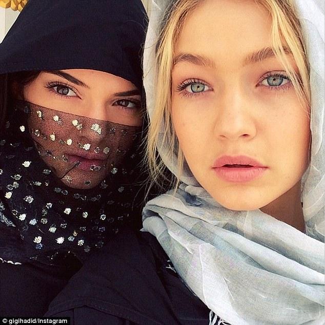 Gigi Hadid và Kendall Jenner - cặp tri kỷ chân dài, quyến rũ và đẹp đôi nhất quả đất! - Ảnh 13.
