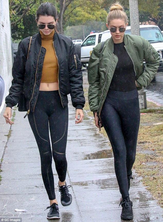Gigi Hadid và Kendall Jenner - cặp tri kỷ chân dài, quyến rũ và đẹp đôi nhất quả đất! - Ảnh 9.