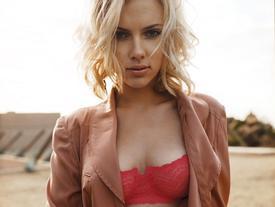 Mỹ nhân nóng bỏng Scarlett Johansson chia tay chồng sau 2 năm kết hôn