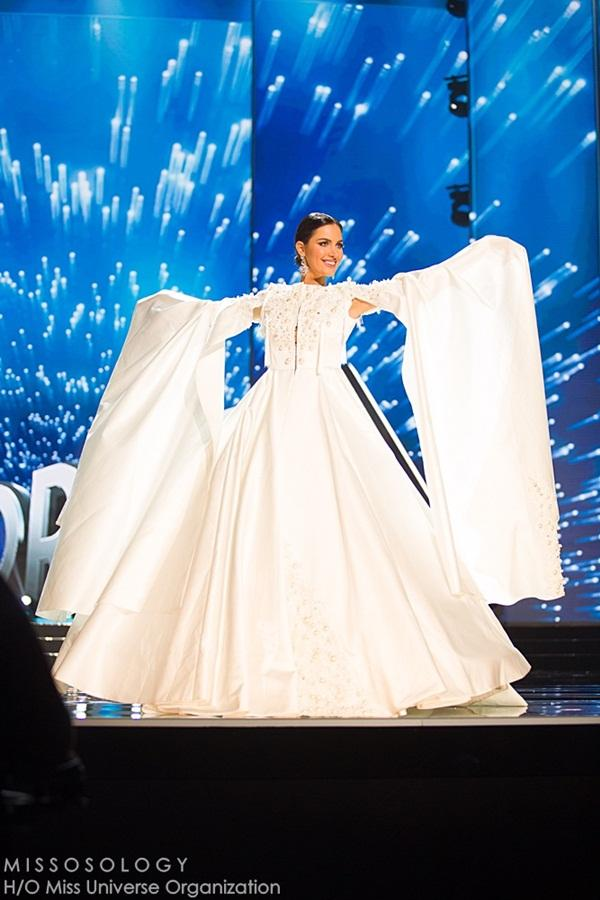 Quốc phục của Lệ Hằng xuất sắc xếp hạng 4 tại Miss Universe 2016 - Ảnh 11