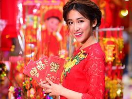 DJ xuất sắc châu Á Trang Moon thả dáng áo dài du xuân ngày Tết