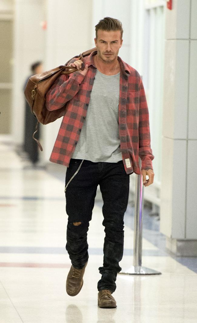Ước mơ của mọi ông chồng: David Beckham có đến hơn 1.000 đôi giày, đè bẹp cả tủ giày của vợ - Ảnh 9.