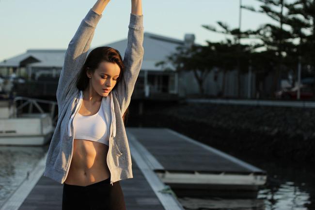 4 tuần với 7 bài tập toàn thân siêu đơn giản giúp bạn lấy lại thân hình cân đối mà không tốn nhiều sức - Ảnh 1.