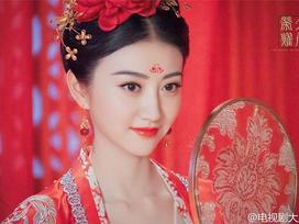 Ngắm nhan sắc mỹ nhân cổ trang được khen đẹp hơn cả Phạm Băng Băng
