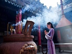 Những kiêng kỵ nhất định phải nhớ khi đi lễ chùa đầu năm