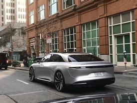 Siêu xe Lucid Air xuất hiện trên phố với vẻ sexy khó cưỡng