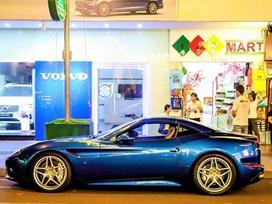 Siêu xe Ferrari California T thứ hai xuất hiện ở Sài Gòn