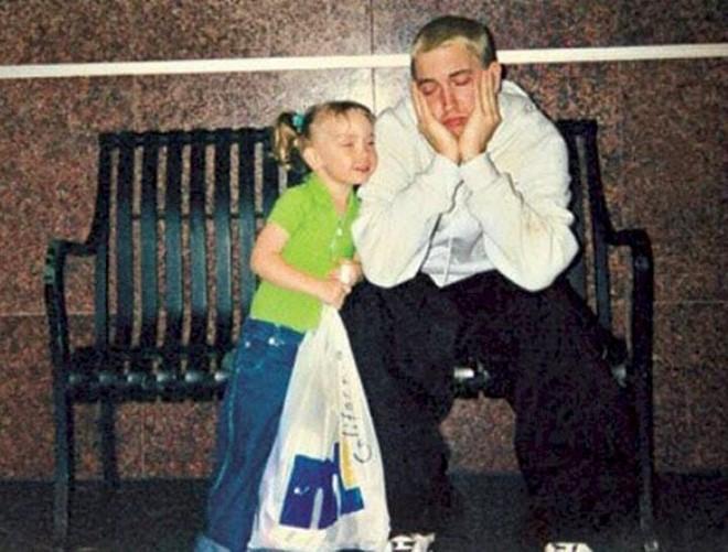 Con gai Eminem khong chi xinh dep ma con hoc rat gioi hinh anh 4