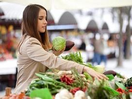 7 mẹo hay giúp bạn mua rau ngon