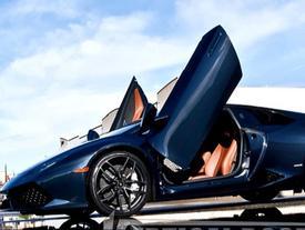 Siêu xe Lamborghini Huracan lắp cửa cắt kéo như Aventador