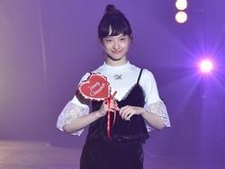 Nữ ca sĩ Nhật Bản xinh như thiên thần đột tử ở tuổi 18