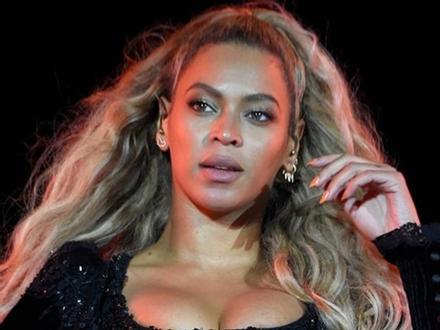 Beyonce đối diện án phạt 20 triệu USD vì lấy cắp nhạc