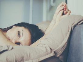 Tủi hờn với những đêm trả bài trách nhiệm của chồng
