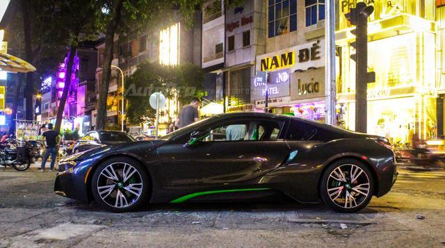 BMW i8 của thiếu gia Cà Mau xuất hiện tại Sài thành - Ảnh 9.