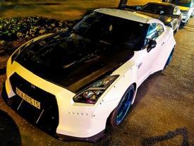 Xe thể thao Nissan GT-R độ thân rộng kiểu Nhật tại Sài Gòn