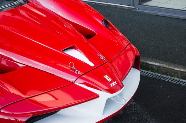 Siêu xe Ferrari FXX phiên bản đường phố duy nhất trên thế giới có giá khóc thét - Ảnh 9.