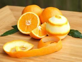 Đây là lí do tại sao bạn nên giữ lại vỏ chuối và vỏ cam