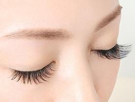 Thử áp dụng những cách này, lông mi sẽ mọc dày và dài không tưởng