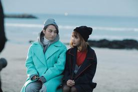 9X chia tay vì bạn gái cả ngày cày view cho MV của Sơn Tùng
