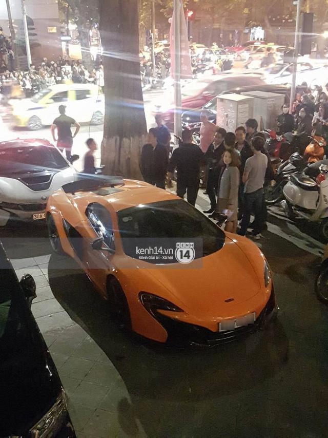 Dàn xe tụ tập bên ngoài quán bar và nhà hàng mà cậu út Big Bang ghé thăm - Ảnh 2.