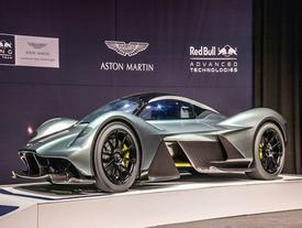 Siêu xe Aston Martin AM-RB 001 dùng động cơ 6.5 lít V12