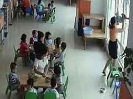 Vụ cô giáo dốc ngược trẻ 22 tháng tuổi trong lớp học: Cơ sở này hoạt động