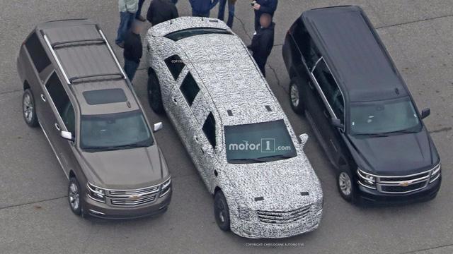 Limousine bọc thép chống đạn của Tổng thống Donald Trump tiếp tục lộ diện - Ảnh 6.