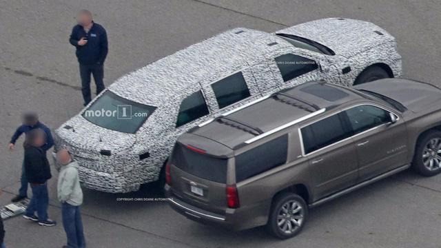 Limousine bọc thép chống đạn của Tổng thống Donald Trump tiếp tục lộ diện - Ảnh 7.