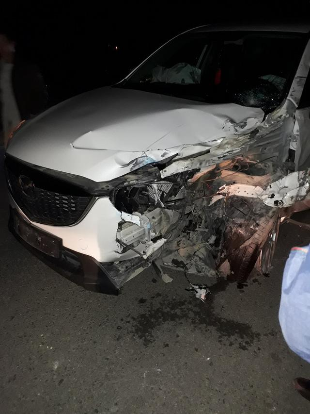 Yamaha Exciter đấu đầu Mazda CX-5, hai người tử vong - Ảnh 2.
