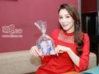 Hồ Quỳnh Hương không giấu hạnh phúc khi được fan vinh danh 'nữ ca sĩ đẹp nhất hành tinh'