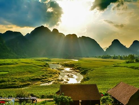 Quảng Bình đẹp đến 'nghẹt thở' trong phim bom tấn 'Kong: Skull Island'