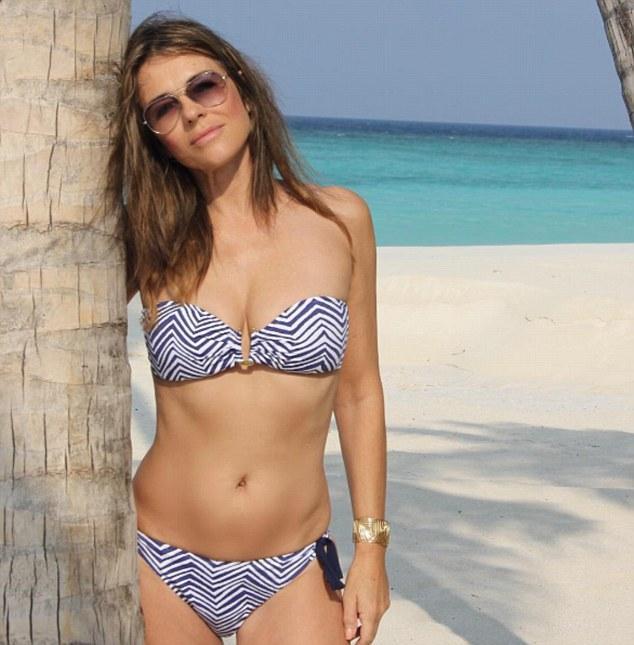 Không quản tuổi tác, người mẫu Elizabeth Hurley vẫn có được thân hình đẹp như tạc và đây chính là bí quyết - Ảnh 4.
