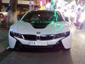 """Các thiếu gia miền Tây """"thu nạp"""" thêm xe sang BMW i8"""