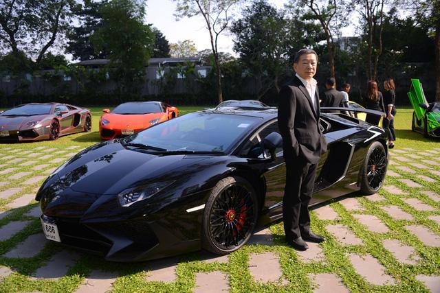 Siêu xe Lamborghini Aventador S ra mắt tại Thái Lan với giá lên đến 22,8 tỷ Đồng - Ảnh 4.