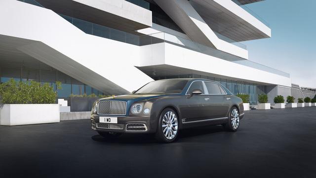 Bentley Mulsanne phiên bản vàng và bạc trình làng - Ảnh 1.